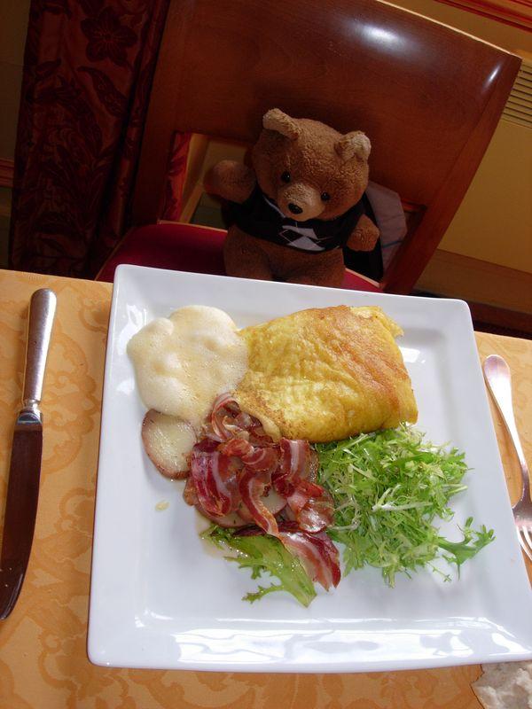 Hannawa et l'omelette de la Mere Poulard