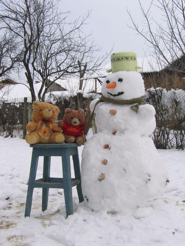 Hannawa en Roumanie - bonhomme de neige